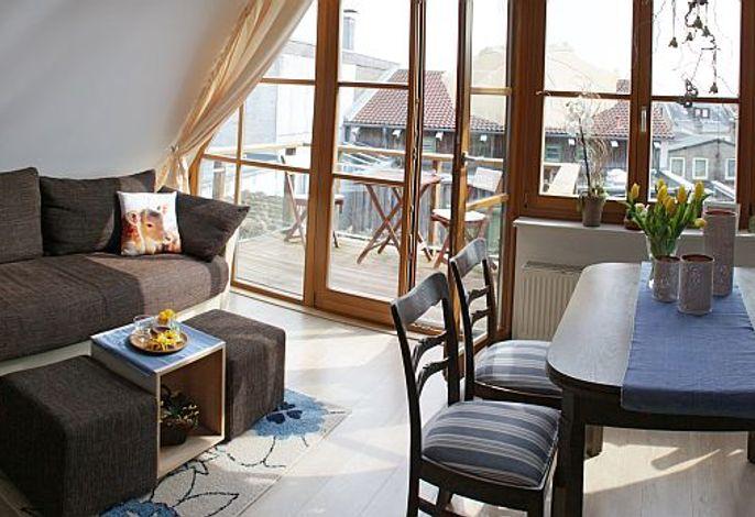 Wohnzimmer_Sued_Balkon.jpg
