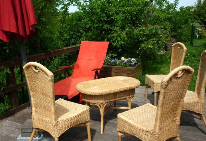 gemütliche Sitzecke auf der Terrasse