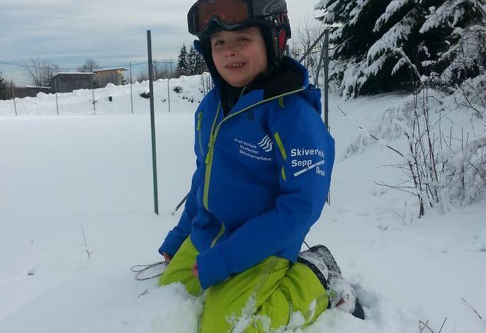 Im Schnee spielen das macht Spaß