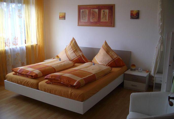 Schlafzimmer1 Fewo I