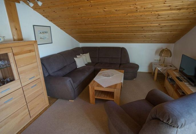 2 Wohnzimmer