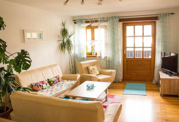 02 Wohnzimmer 1