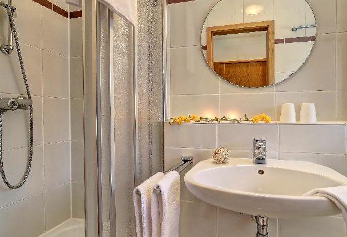 Zimmer:Dusche/WC