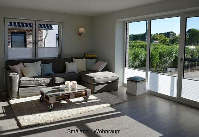 gemütliches Wohnzimmer mit Sitzlandschaft