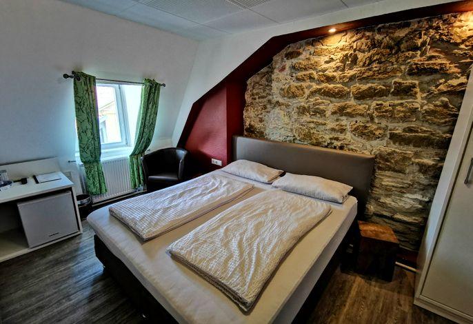 Zimmer 6 (Kleineres Doppelzimmer)