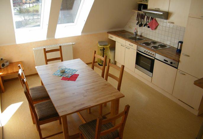 Küche und Esszimmer in der Ferienwohnung Sternenblick