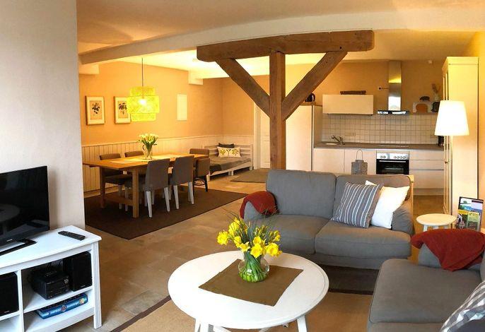 Fewo Wacholder: Wohnraum mit Küche