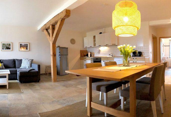 Fewo Heide: Wohnraum mit Küche