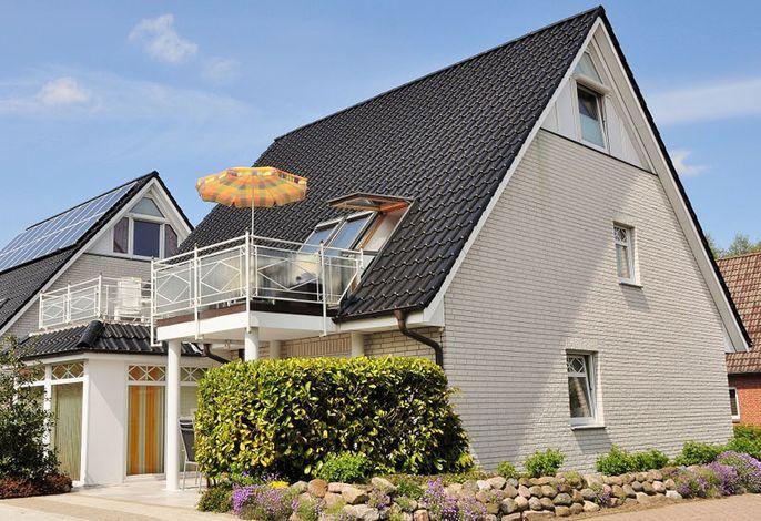 Residenz Friesen-Möwe - Repräsentatives Einzelhaus mit stilvollen Ferienwohnungen