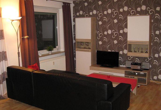 Wohnzimmer mit Schlafsofa 1