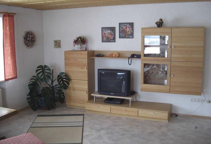 4 Wohnzimmer