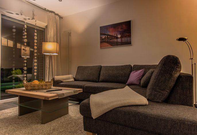 Die komfortable Sofa im Wohnraum