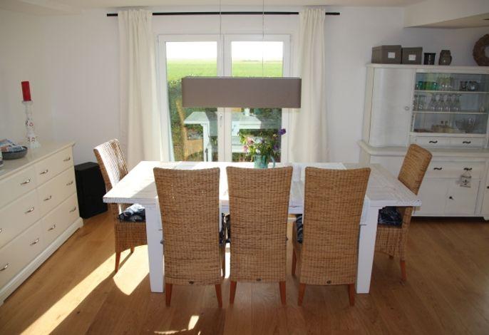 Sitzecke mit ausziehbarem Tisch