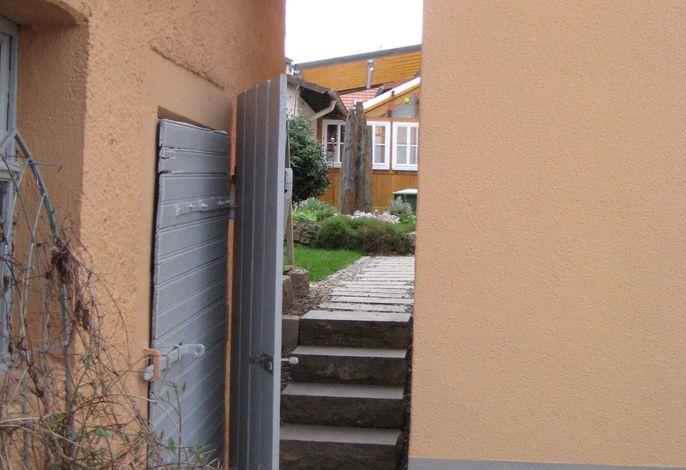 Zugang zu Garten und Terrasse