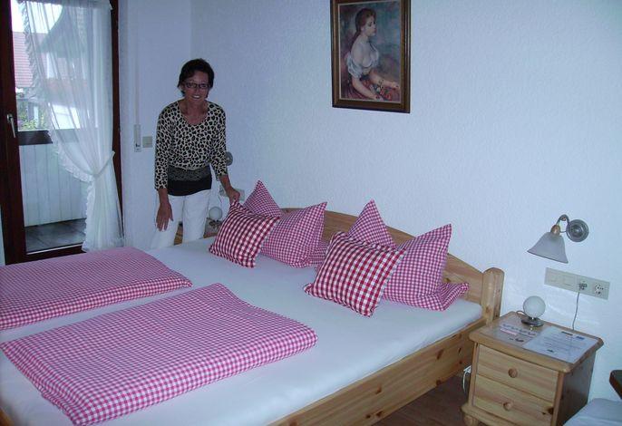Schlafbereich, Gästehaus Deggelmann, Zimmer 2