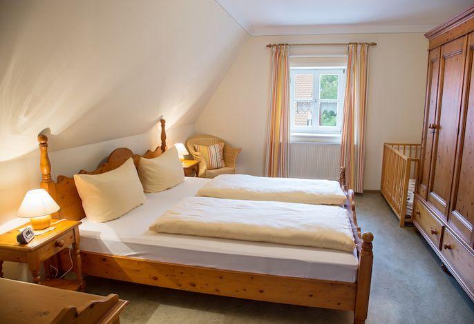 FeWo Mönchswald Schlafzimmer