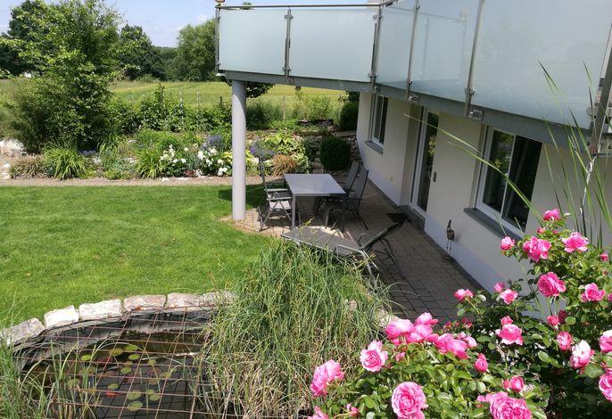 Ferienwohnung Stahl, Bergstr. 23 - Blick auf den Garten