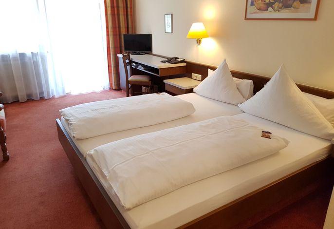Doppelzimmer mit Talblick
