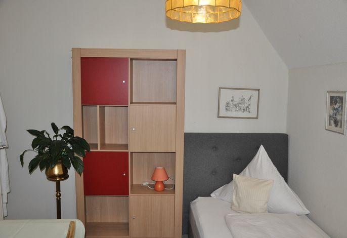 Zimmernr. 1, 1. Etage