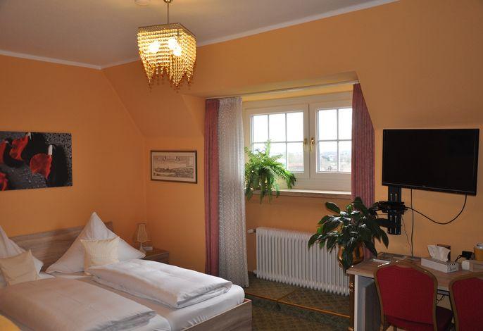 Zimmernr. 2, 1. Etage