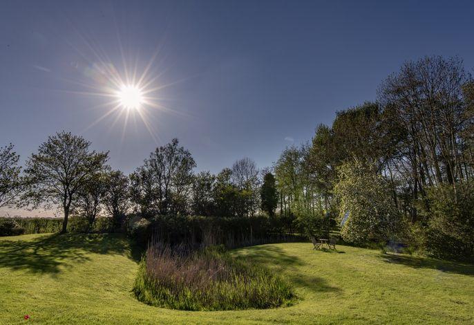 Parkähnlicher Garten Warft 17