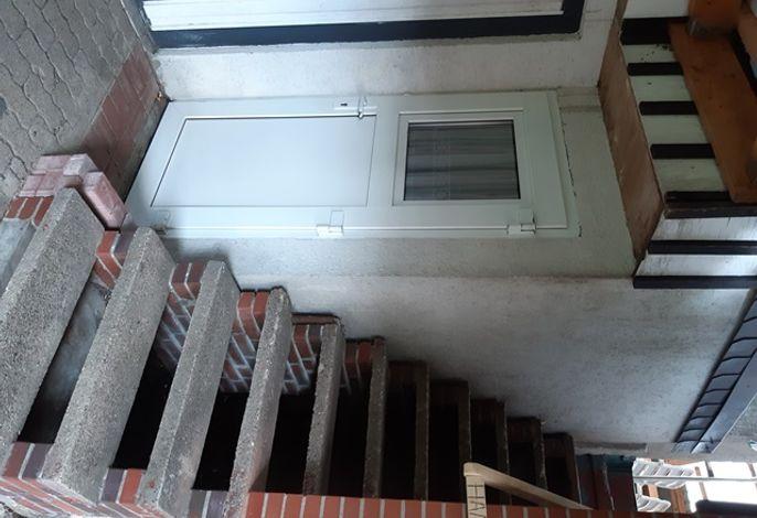 Treppe zur Ferienwohung u. Dachterrasse