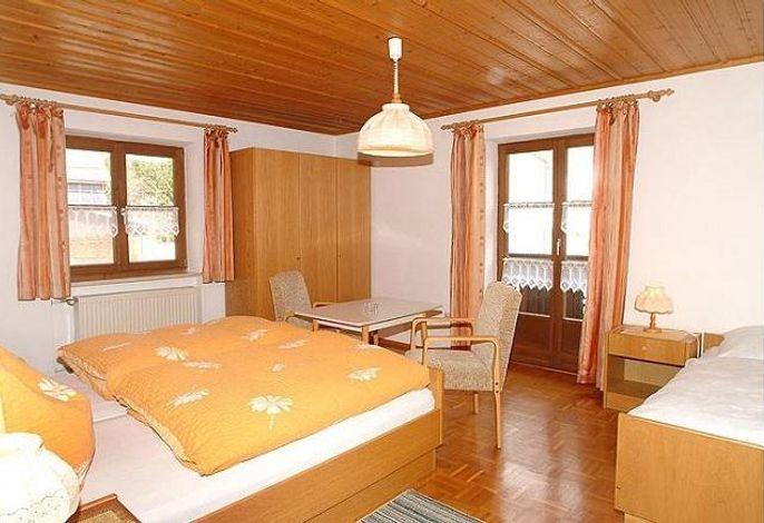 Zimmer 3-Bett