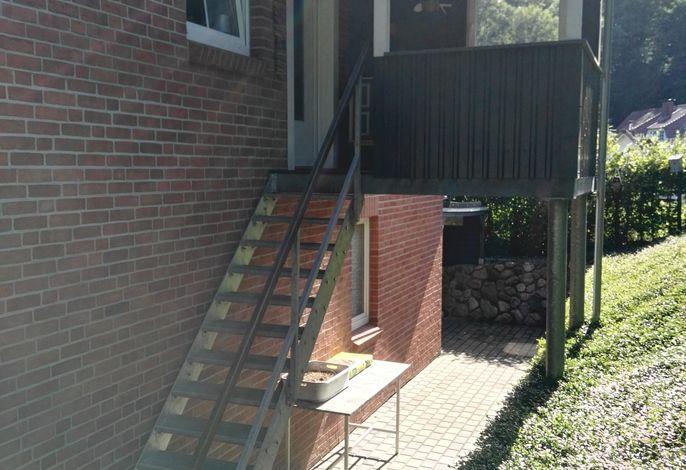 Aufgang zur Ferienwohnung/Balkon