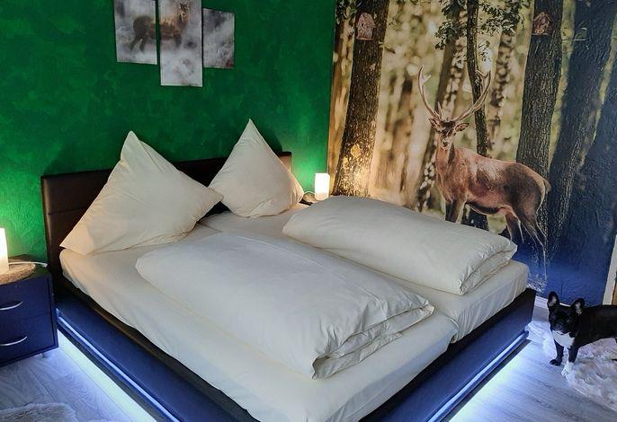 Waldzimmer mit Flachbildschirm und Kabel-TV, W-Lan. Nichtraucherzimmer