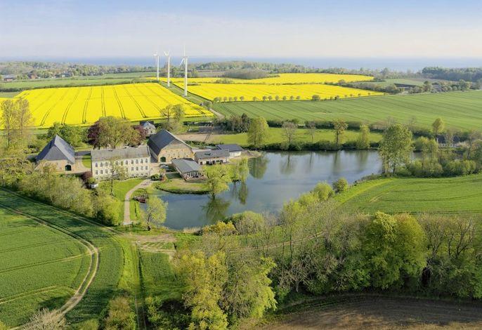 Luftbild des Hofes