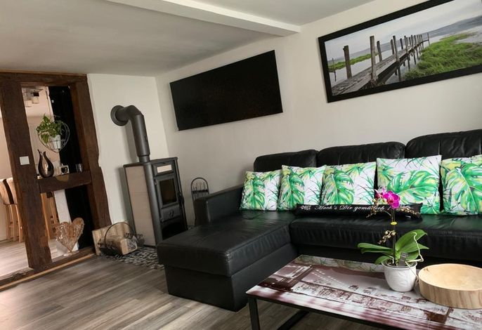 Sofa mit Kaminofen