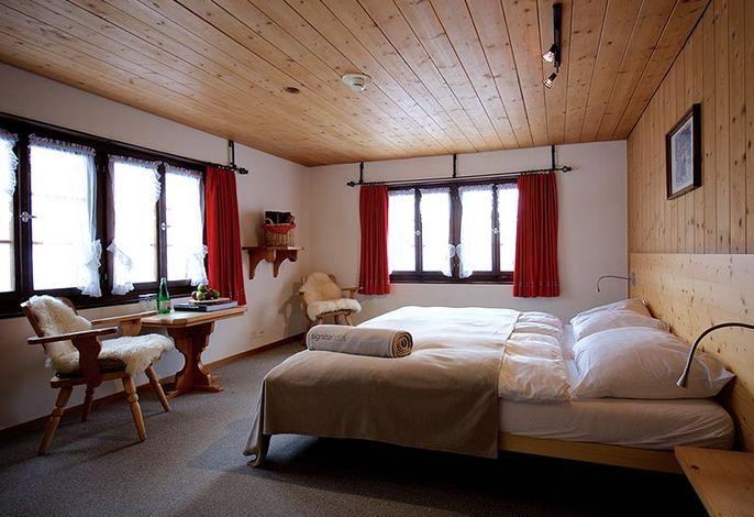 Doppelzimmer im Bündnerhaus