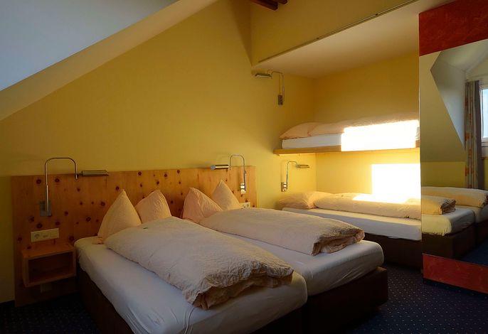 Ambiente Hotel Freieck AG, (Chur), -