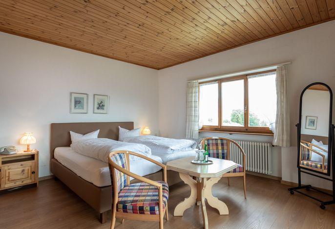 Hotel Kistenpass Brigels, (Breil/Brigels), 65003BK