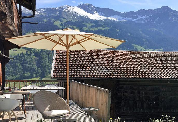 Casa Grischina Terrasse mit Bergsicht