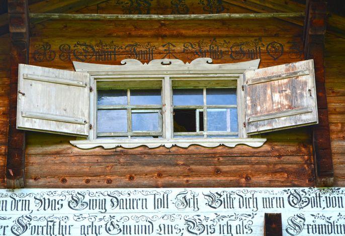 Casa Grischina Hausschrift