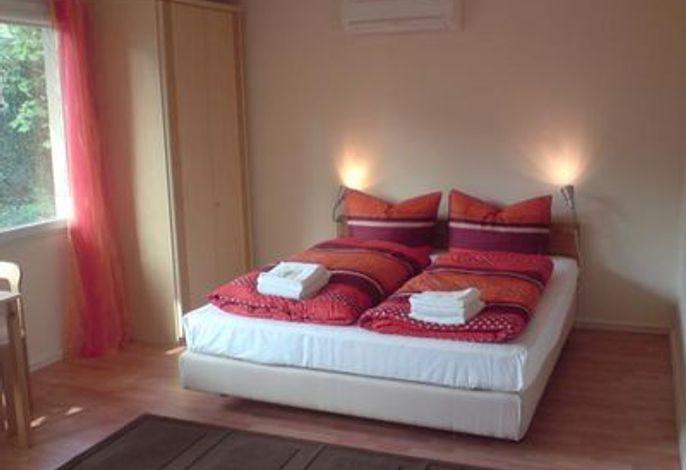 Doppelzimmer mit Etagenbad
