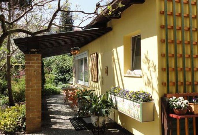 Außenansicht Gartenhaus