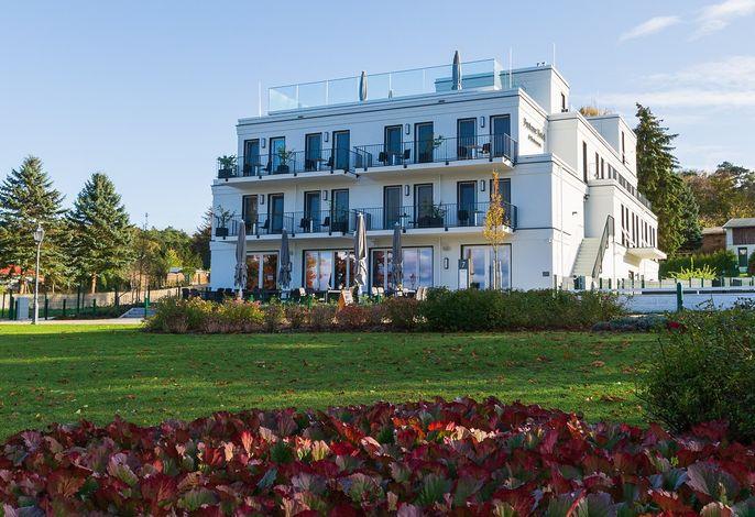 Herbst am Fontane Hotel (c) TMB, Steffen Lehmann