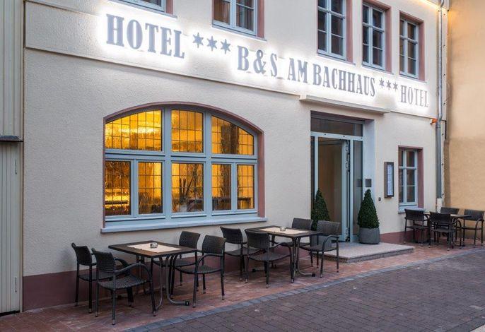 B&S Hotel am Bachhaus Aussenansicht