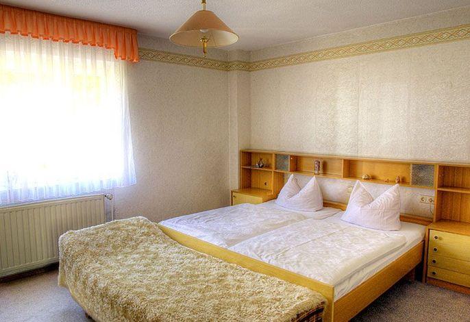 Schlafzimmer1 FW Keitel