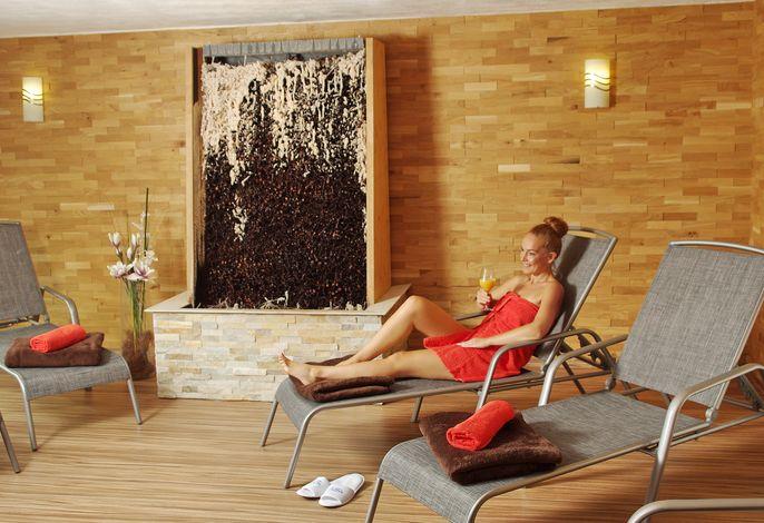Gradierwerk im Sauna-Ruheraum