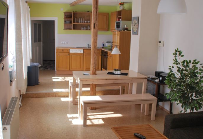 Wohnküche vom Bad aus gesehen