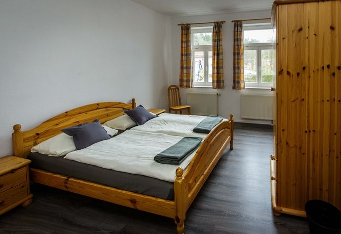 "Pension BB ""Bed & Breakfast"" (Wolfsburg-Unkeroda) - ESA35403"