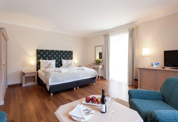 Mitten im Grünen, mitten in Meran. Park Hotel Mignon *****, das Hotel der Spitzenklasse in einem 10.000 qm großen Park, mit jedem Komfort und einem Hauch von Exklusivität.
