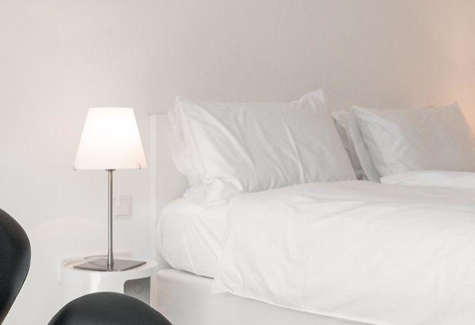 Urlaub im Zeichen der Vielfalt: Wellness, Sport und Kulinarik auf höchstem Niveau – das alles kann man in unserem familiengeführten Design Hotel Tyrol **** erleben.