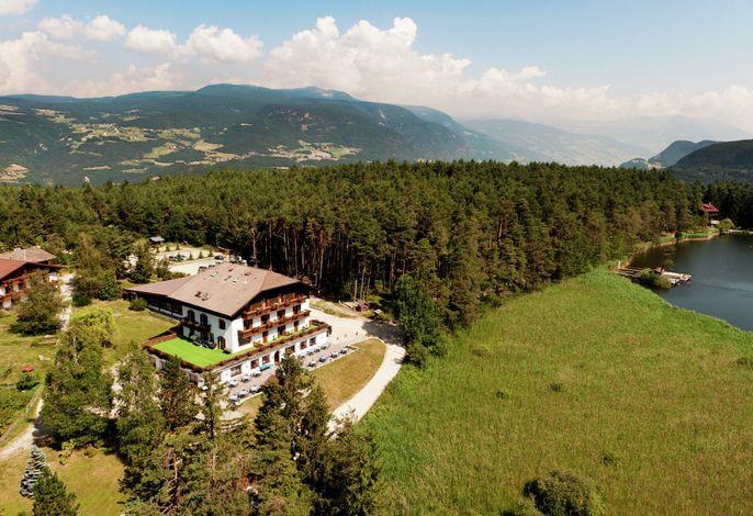 Hotel Waldsee am See in den Dolomiten Südtirol