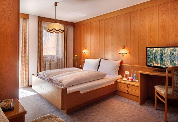 Herzlich Willkommen im ***Hotel Auren! Erleben Sie ein Welt zum Wohlfühlen - Spüren Sie die Magie Südtirols!