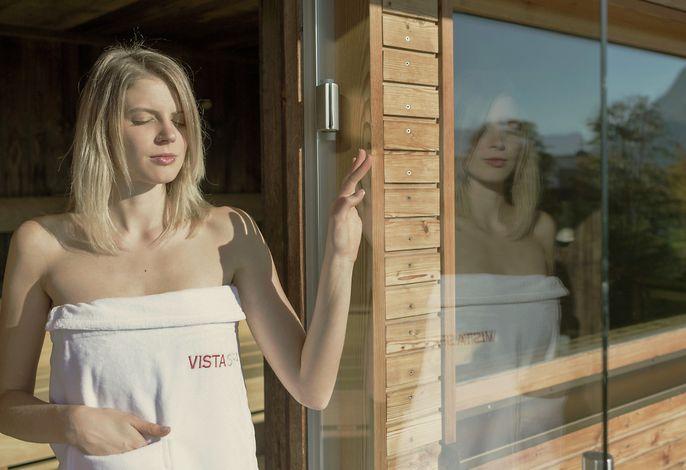 Genießen Sie den unglaublichen Ausblick von unserer Panorama-Sauna
