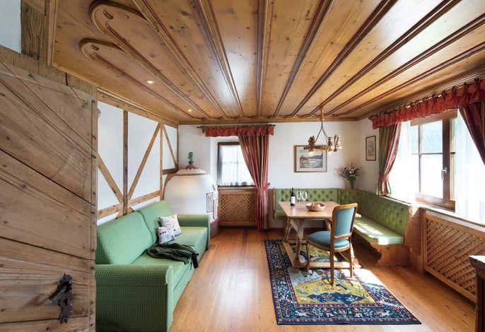 Kleines feines Hotel in Gröden mit Panoramablick auf die Dolomiten. Die familiäre Atmosphäre und der neue Wellnessbereich sorgen für Ihre Seele